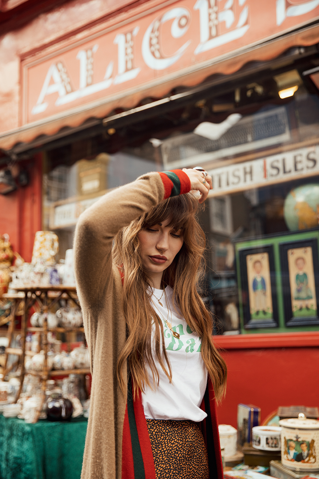 Blogger fashion photoshoot with Sara Louise Thomas from Waiste Vintage by photographer Ailera Stone