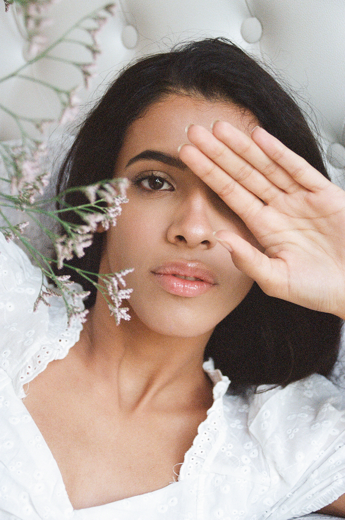 35mm film model close up portrait with flowers - Beatriz @ PRM by London photographer Ailera Stone