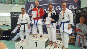 Piotr beim Arawaza Cup mit dem jeweils 3. Platz bei Kata +30 und +40