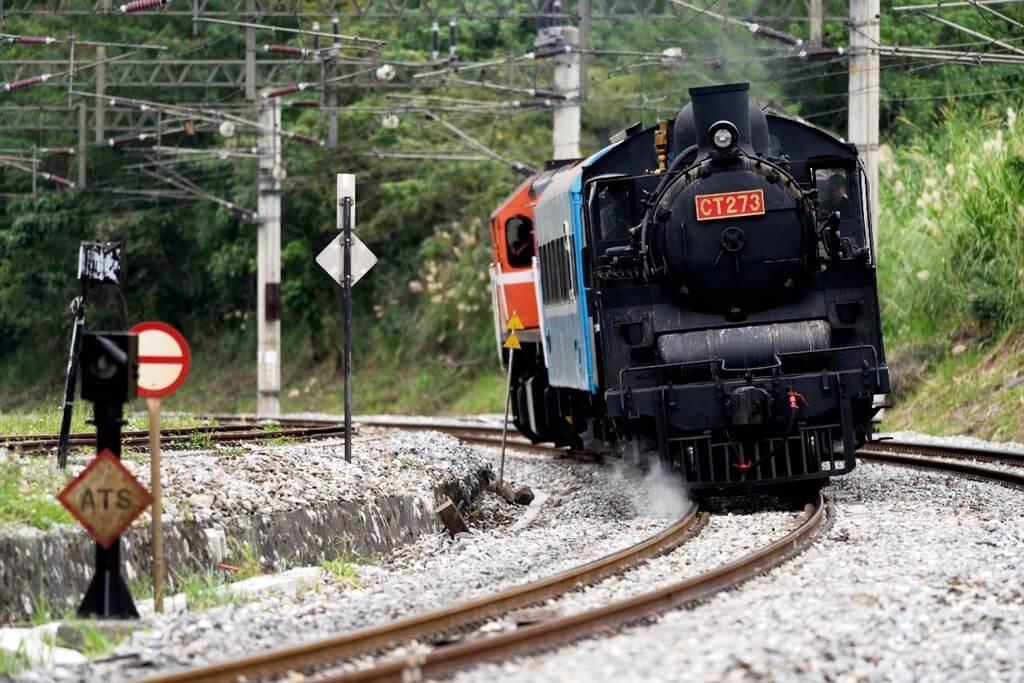 重回懷舊年代,臺鐵蒸汽火車 CT273 花東之旅 拉拉桑's 旅遊足跡