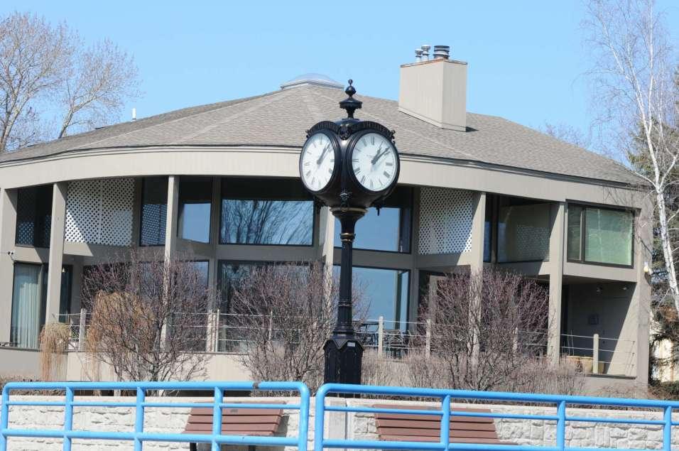 Harbor Clock