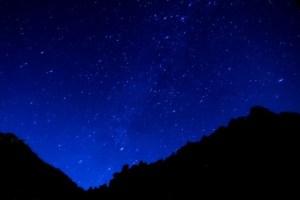 奄美大島南部・油井岳展望台(園地)から見る星空のイメージ