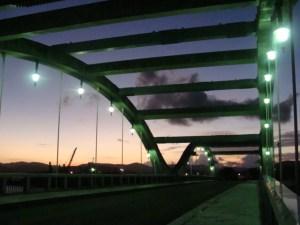 奄美大島南部・古仁屋コーラル橋