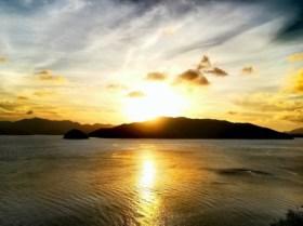 奄美古仁屋・瀬戸崎灯台からの夕日