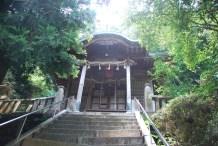 神社本殿と思われる。
