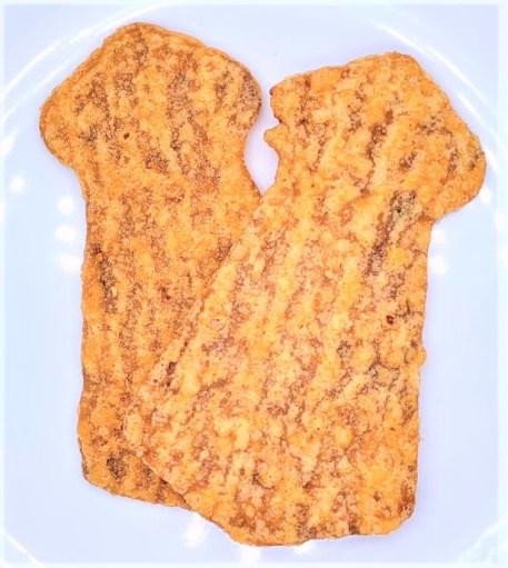 共同食品工業 カライーカ いかの姿フライ 旨辛 懐かしいお菓子 japanese-nostalgia-snacks-kyodosyokuhinkogyo-karaika-ikanosugatafurai-umakara-spicy-squid-fry-snack