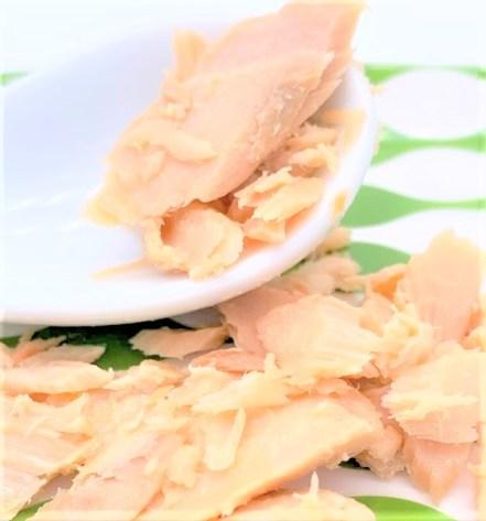 道南冷蔵 函館工場 無着色 鮭ほぐし 鮭フレーク 2020 japanese-salmon-bottle-donan-reizo-canned-salmon-flakes-2020
