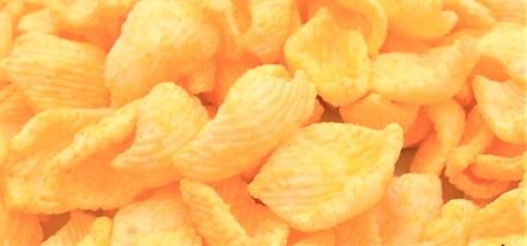 カルビー チーズビット 濃厚チェダーチーズ味 期間限定 2020 懐かしいお菓子 japanese-nostalgia-snacks-calbee-cheesebit-cheddar-cheese-taste-2020