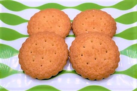 野村煎豆加工店 ミレービスケット 透明のパック袋 懐かしいお菓子 2021 japanese-nostalgia-snacks-nomura-mire-biscuit-cookie-2021