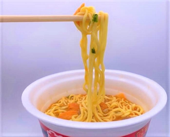 エースコック スーパーカップ1.5倍 豚キムチラーメン キングダム コラボ カップ麺 2021 japanese-instant-noodles-acecook-super-cup-15-buta-kimchi-ramen-kingdom-design-package-2021