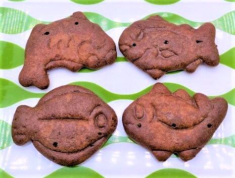 ギンビス たべっ子 水族館 しみチョコ ビスケット 海の生き物 青い箱 お菓子 2021 japanese-snacks-ginbis-tabekko-suizokukan-chocolate-biscuit-2021
