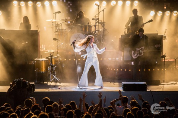 Best Live Music Acts of 2015 #14 - Florence + the Machine