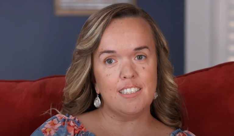 '7 Little Johnstons': Amber Looks Stunning After Shocking Weight Loss [Photos]