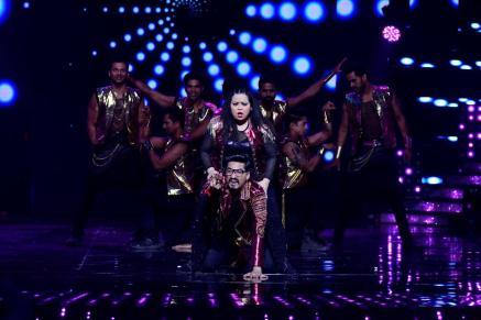 Bharti Singh and Harsh performance