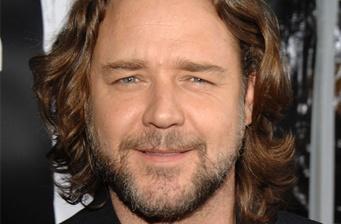 Russell Crowe to star as 'Watson' in 'Sherlock Holmes'