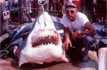 Frank Mundus, 82, Dies; Inspired 'Jaws'