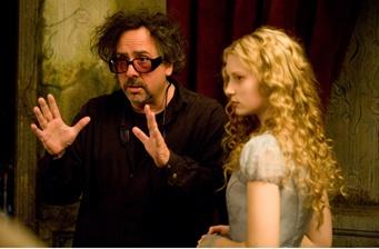 Movie Review: Alice in Wonderland'