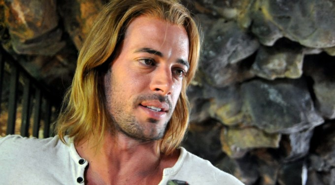 William Levy: Watch 20 minutes of his novela 'La Tempestad'