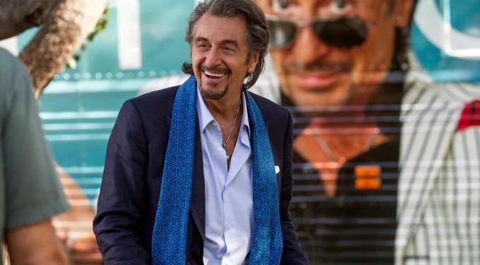 Peliculeando: 'El Rey Del Najayo,' 'The Gunman,' 'Danny Collins'