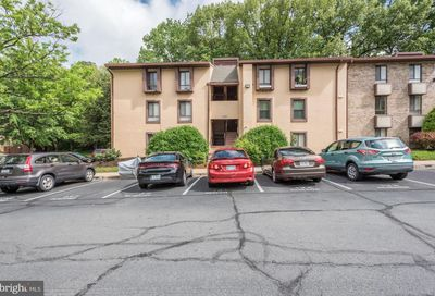2231 Castle Rock Square 1b Reston VA 20191