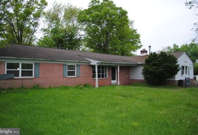 106 Barry Road Chalfont PA 18914