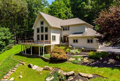 4757 Upper Mountain Road New Hope PA 18938