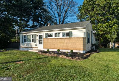1065 Delaware Avenue Lansdale PA 19446