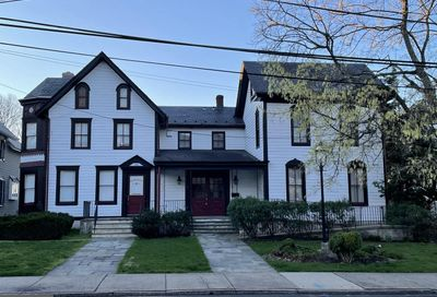 184 W Court Street Doylestown PA 18901