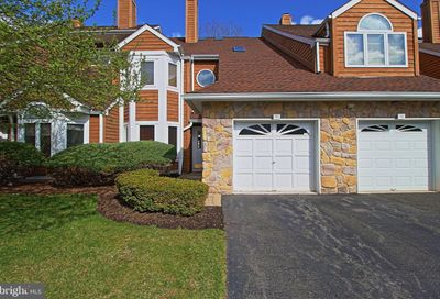 93 Kingswood Court Edison NJ 08820