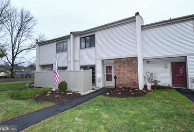 41 Twin Brooks Drive 41f Willow Grove PA 19090