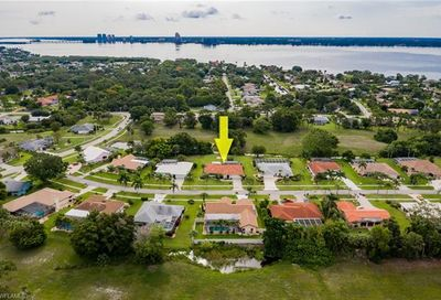4190 Yarmouth Ct North Fort Myers FL 33903