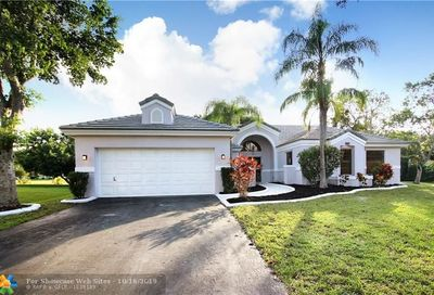 4728 NW 98th Ln Coral Springs FL 33076