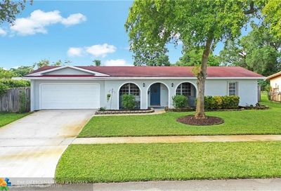 3881 NW 4th Ct Coconut Creek FL 33066