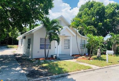 1319 S L St Lake Worth FL 33460