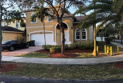 3061 SW 44th Ct Dania Beach FL 33312