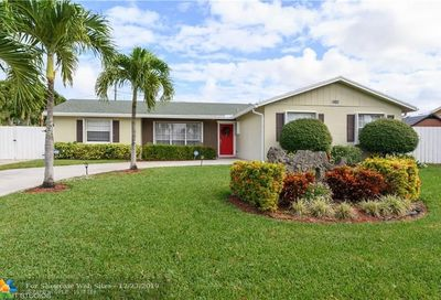 6810 19th Dr Lake Worth FL 33462