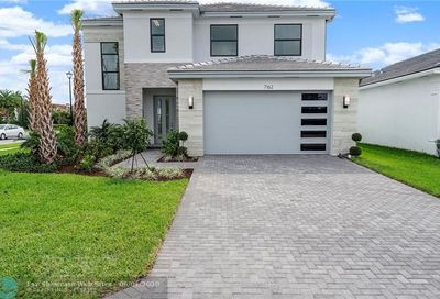 7162 Stella Lane Lake Worth FL 33463