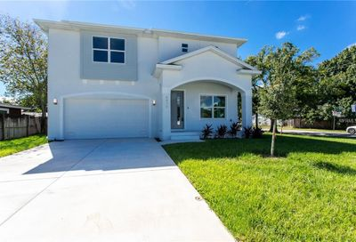 4436 W Fairview Heights Tampa FL 33616