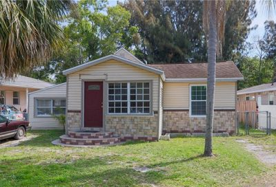 15415 Avalon Avenue Clearwater FL 33760
