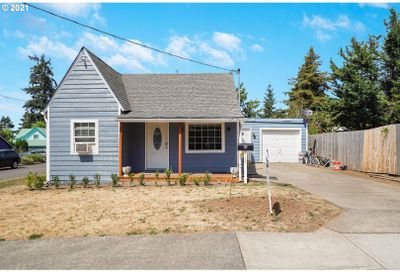 108 SOUTH ST Silverton OR 97381