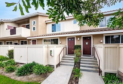 19611 Agria Way Lake Forest CA 92679