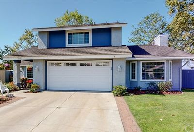 22595 Brookdale Lake Forest CA 92630
