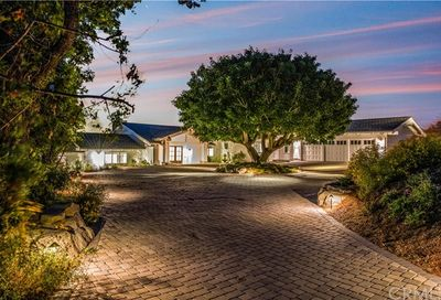 27 Buggy Whip Drive Rolling Hills CA 90274