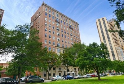 2450 North Lakeview Avenue Chicago IL 60614