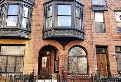 47 East Division Street Chicago IL 60610