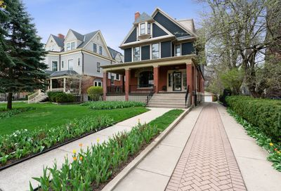 5016 South Greenwood Avenue Chicago IL 60615