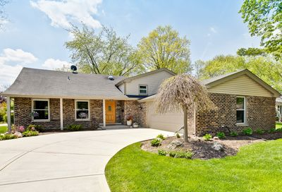 2816 North Dryden Court Arlington Heights IL 60004