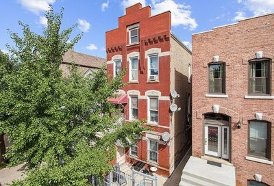 1247 North Cleaver Street Chicago IL 60642