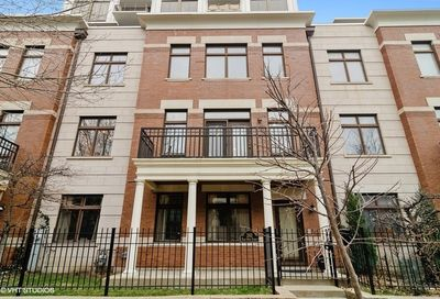 242 East 14th Street Chicago IL 60605