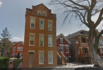 2431 South Whipple Street Chicago IL 60623